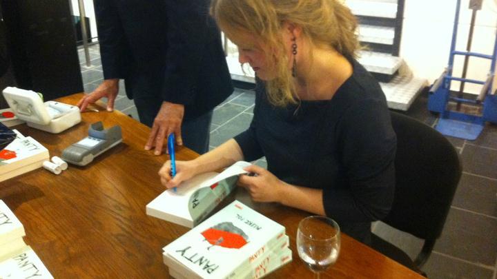 Mijke Pol signeert haar debuutroman